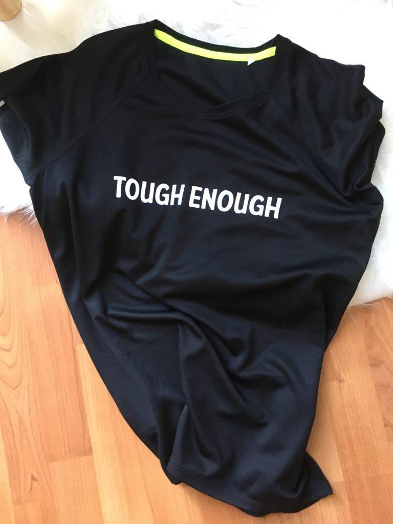 Voorkant Tough Enough T-Shirts
